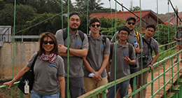 student group on study tour