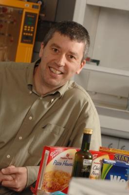 Associate Professor Russell Keast