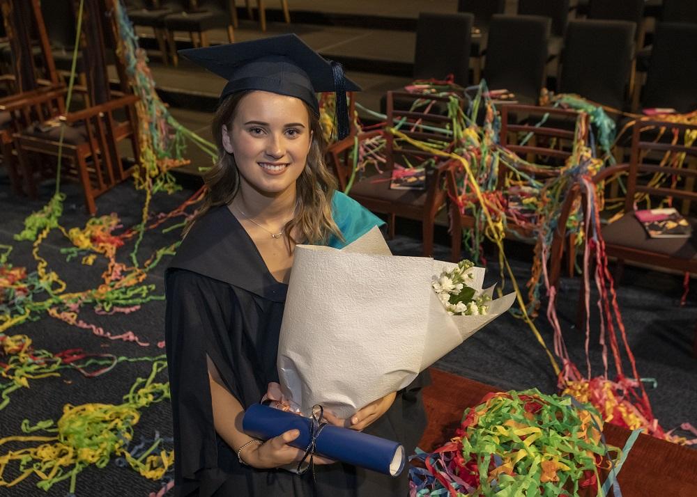Deakin 250,000th graduate Sophie Macfarlane