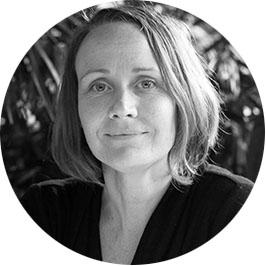 Headshot of webinar speaker Rina Garner