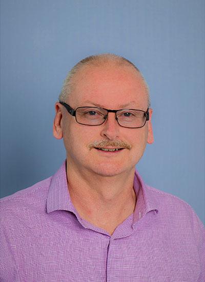 Alfred Deakin Professor David Crawford, AM profile picture.