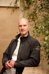 Dr Geoffrey Boucher