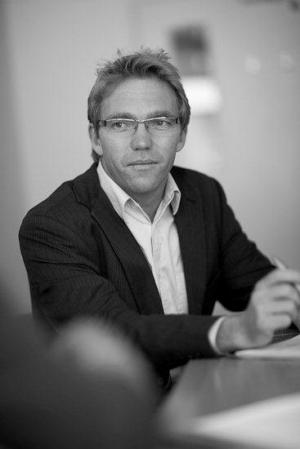 Deakin's Professor Steve Allender
