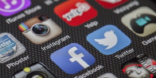Social media can be helpful distraction during exam time: Deakin expert