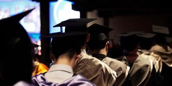 New graduates - Alumni Community Competition Winners