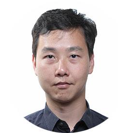 Michael Tan headshot
