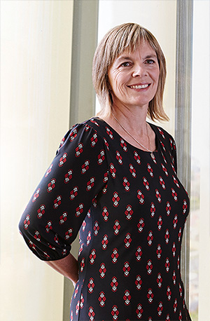 Dr Lisa Barnett is co-author of the