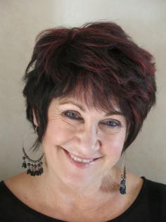 Profile image of Lyn Mc Credden