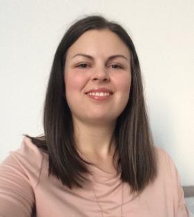 Profile image of Elyse Warner